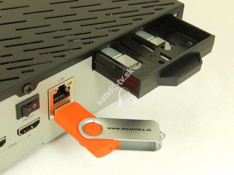 c3c97f622 DREAMBOX DM900 UHD 4K Triple tuner 2x DVB-S2X- 1x DVB-C/T2 ...